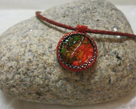 Foto of pendant-Eggshell-red