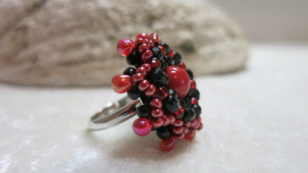 image of summer ring black red-lateral