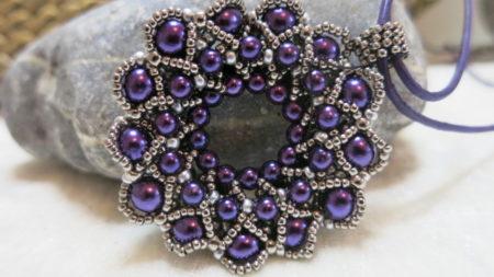 pendant lila silver upright
