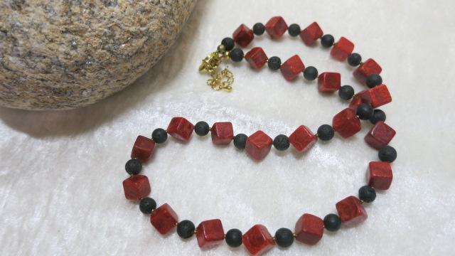 necklace lava coral