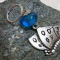 keyringpendant butterfly blue bead on stone