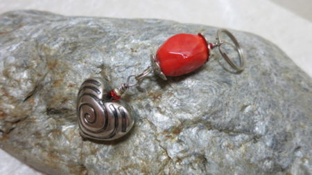 keyringpendant heart silver orange red bead on stone