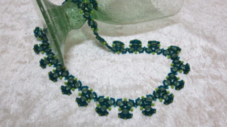 necklace fir tree green elegant layingahead glass