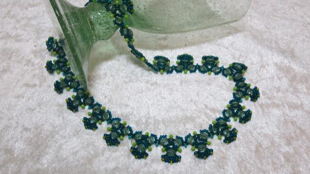 necklace fir tree green elegant layingahead glass