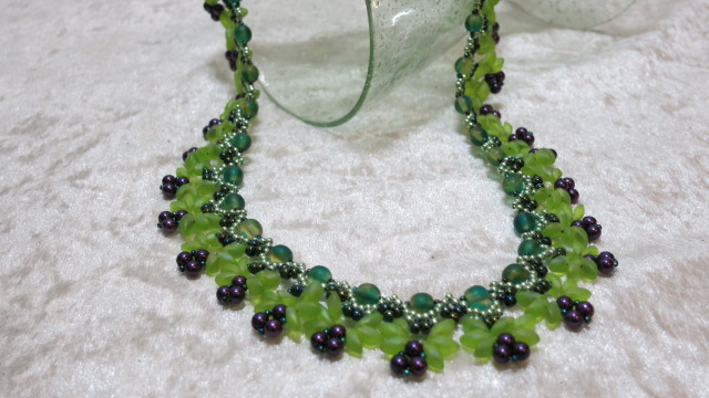 necklace collier limegreen purple elegant ahead glass