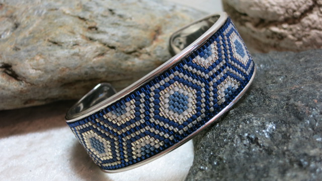 bracelet open bangle ethno pattern in blue and silver colors