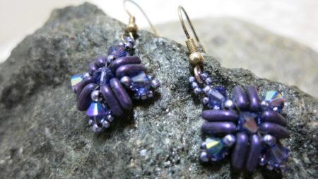 earring square lila swarowski in detail