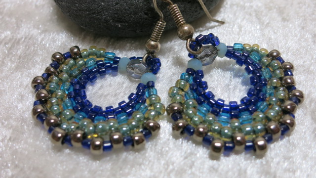 earring creole blue near view