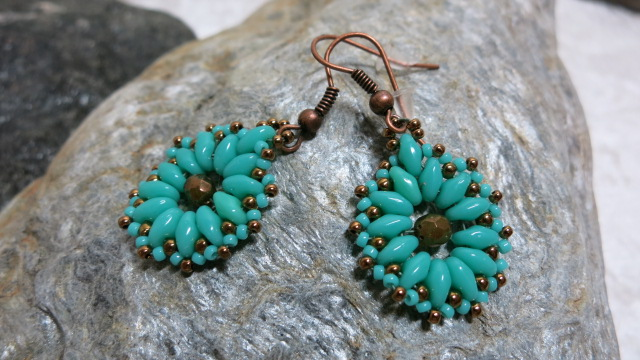 earring turquoise bronze flower on silver stone