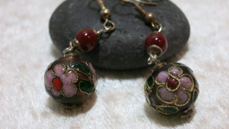 earring pendant clisonne bead black red with flower