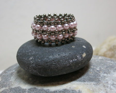 ring rosy swarowski beaded with nickelsilver on stone