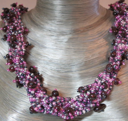 necklace collier abundant purple black colors on silver bust